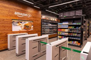 Công nghệ thanh toán tự động của Amazon sẽ khiến hàng ngàn nhân viên thu ngân siêu thị mất việc?